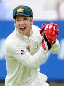 Paine's cricket career in jeopardy after finger injury