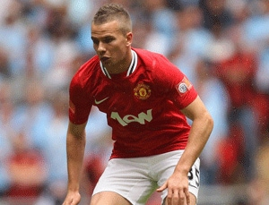 Aston Villa Sign United's Cleverley on Loan