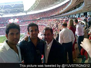 Yuvraj Singh, Zaheer Khan watch Manchester United at Wembley