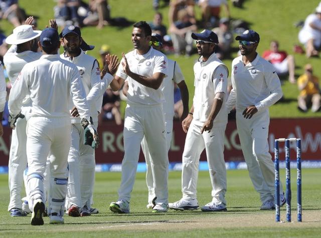 Live cricket score: India vs New Zealand 2nd Test Day 3
