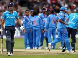 'Sacking Alastair Cook Ahead of World Cup Not Realistic'