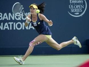 Agnieszka Radwanska Advances to Third Round at Montreal Tournament