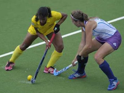 India and Scotland in action during the womens hockey 5-6 classification match at the Commonwealth Games.