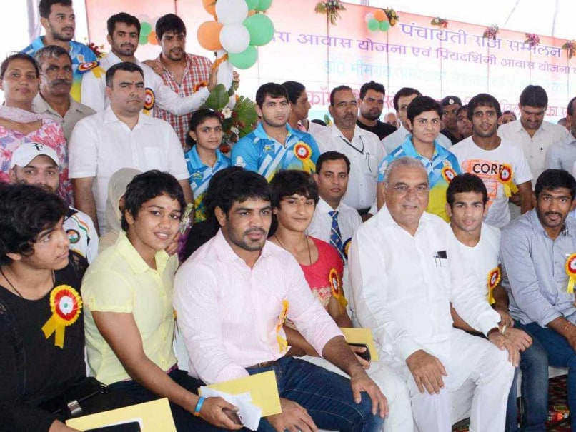 Haryana Government Awards Empty Envelopes to 2014 Commonwealth Games Para-Athletes