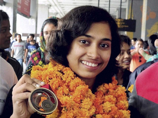 Dipa Karmakar Wins Gold in Vaults, After Historic 2016 Rio Olympic Qualification