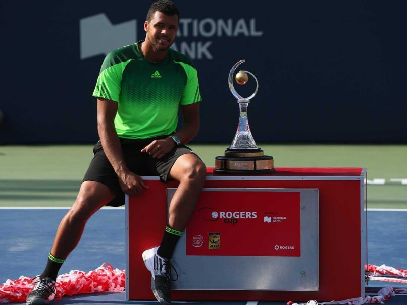 Jo-Wilfried Tsonga Defeats Roger Federer to Win Rogers Cup