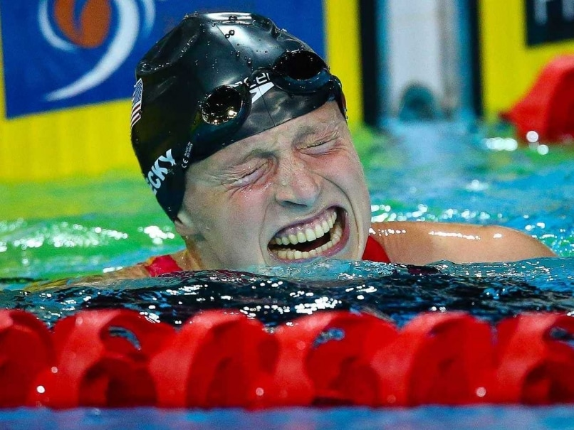 Katie Ledecky Smashes 1500m Freestyle World Record