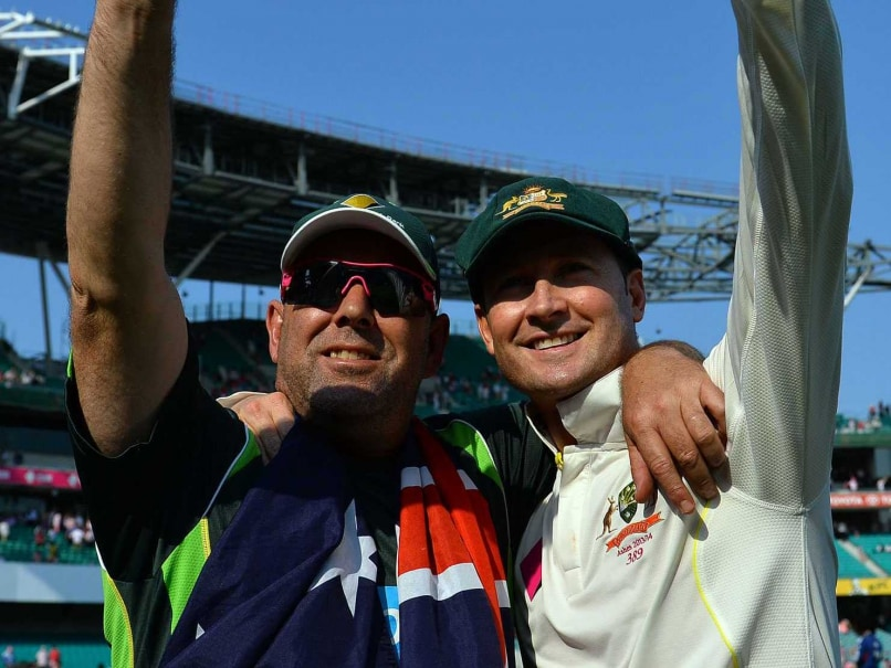 Darren Lehmann Expects Mitchell Johnson, Michael Clarke to be Fit for Pakistan Series