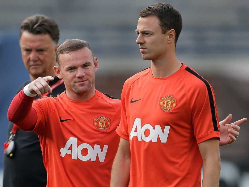 EPL: Manchester United's Louis van Gaal Pleads for Patience