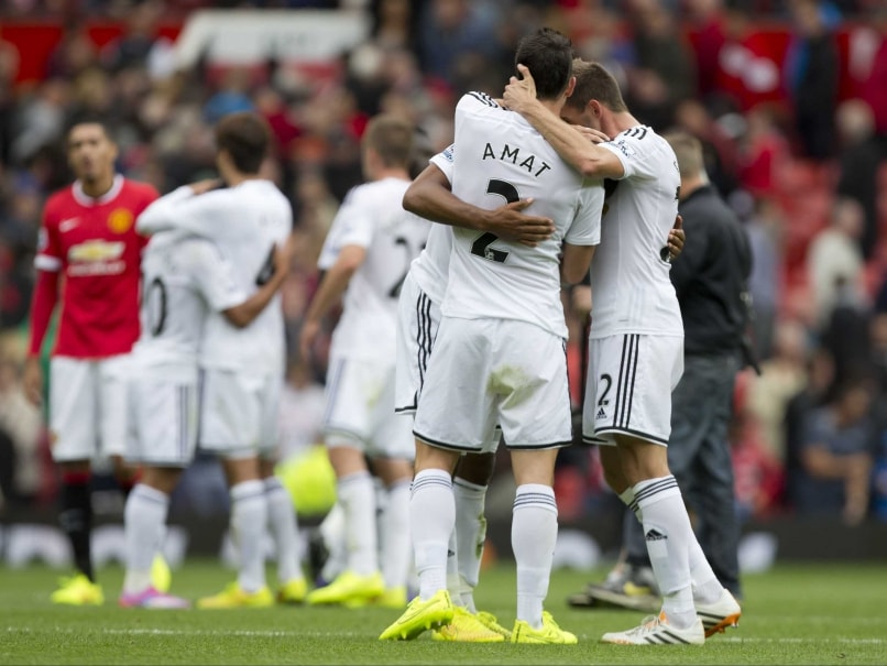 EPL Wrap: Swansea Ruin Van Gaal's Start, Ramsey Saves Arsenal
