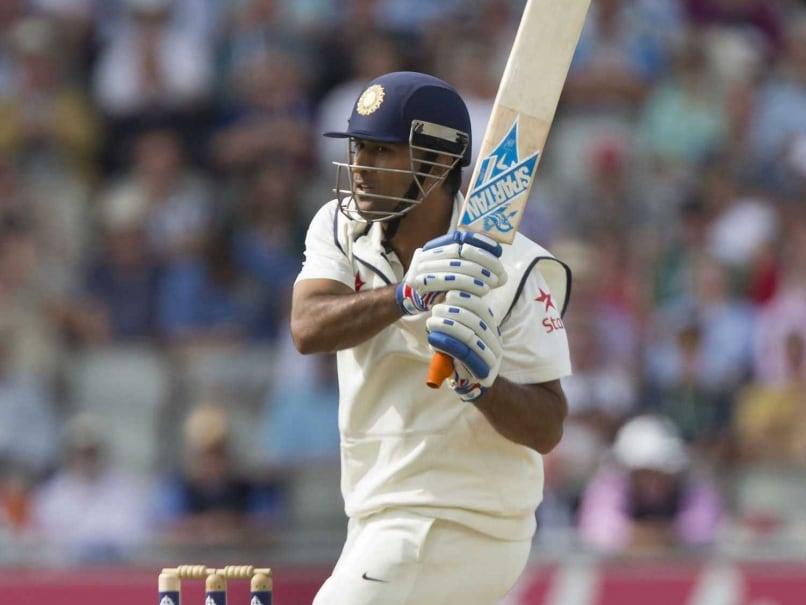 Amid Ruins of Six Zeroes, Mahendra Singh Dhoni Completes 1,000 Test Runs vs England