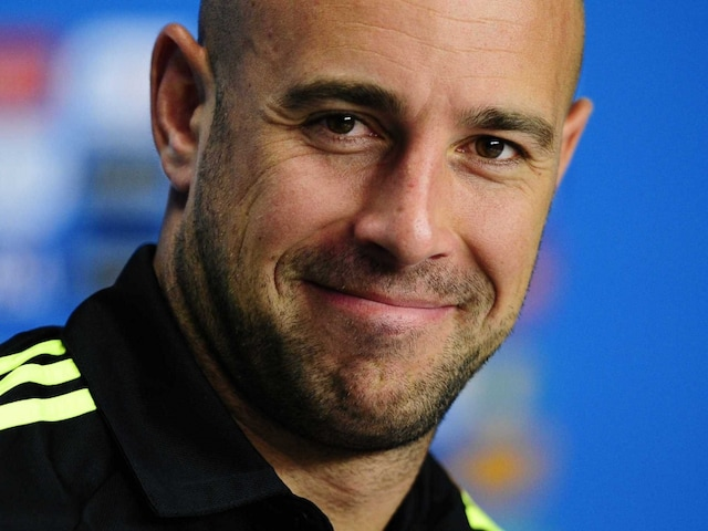 Goalkeeper Pepe Reina Signs Three-Year Contract With Bayern Munich