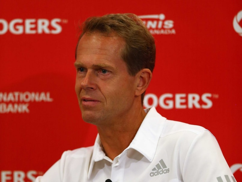 Stefan Edberg Finds Coaching to His Liking With Roger Federer