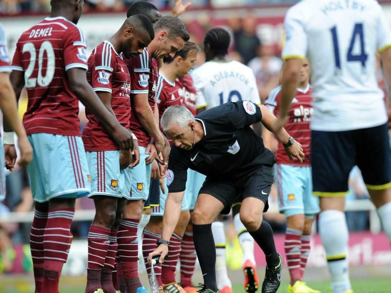 EPL: 'Pitch Invader' in Tottenham-West Ham Game Arrested