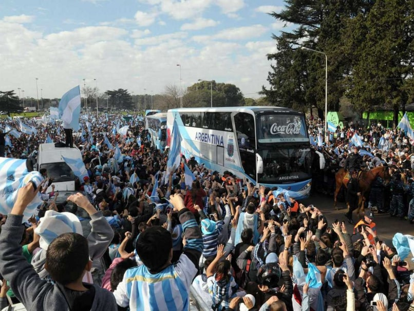 World Cup 2014: Runners-up Argentina Receive Heroes' Welcome at Home