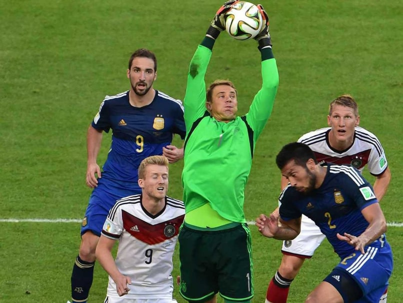 Goalkeeper Manuel Neuer Throws his Hat in the Ring for German Captaincy