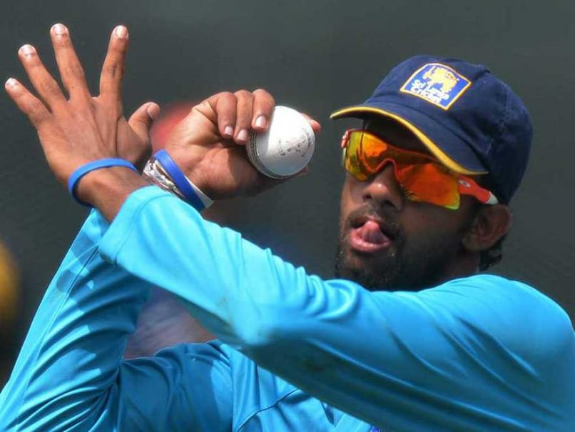 Sri Lankan Spinner Sachithra Senanayake Banned From Bowling by ICC