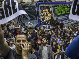 Apprehension and Apathy Compete With Excitement in Brazil