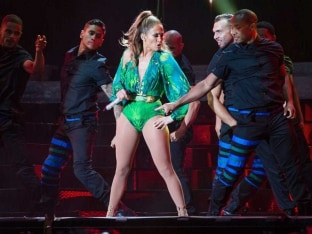 Jennifer Lopez to perform at World Cup opener