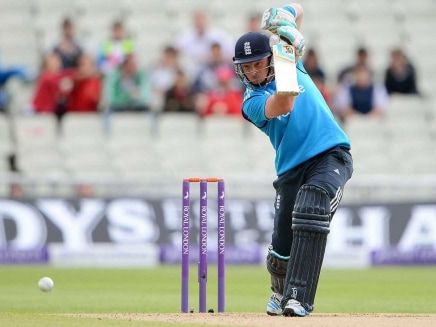 Ian Bell, Charlotte Edwards Clinch England Cricketer of Year Awards for 2013-2014