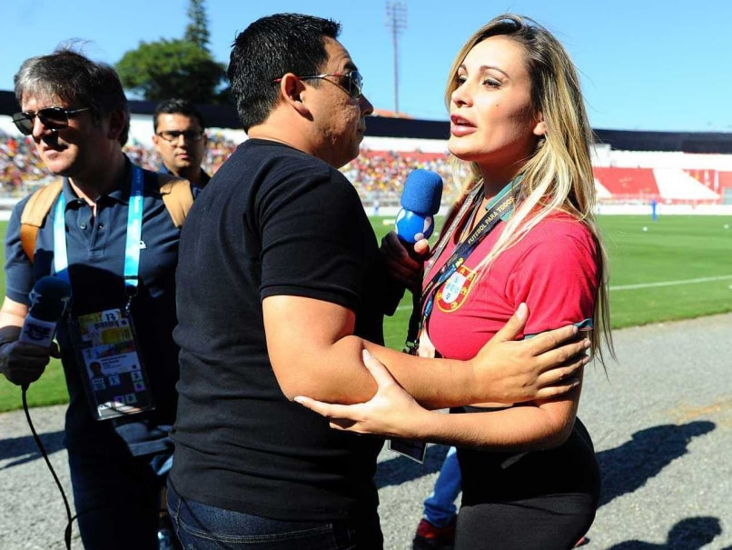 FIFA World Cup: Fans, 'Lovers' Invade Training Areas to Meet Stars