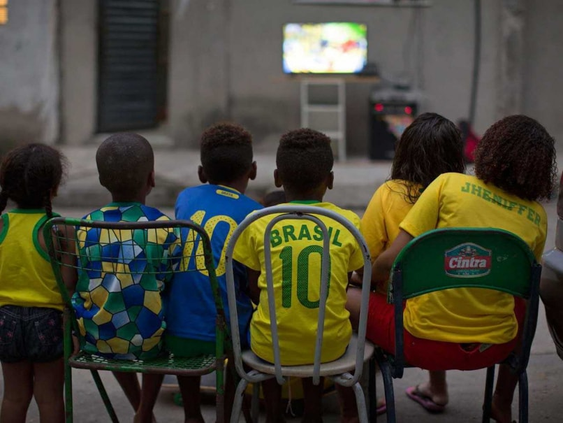 Brazilians Jam in Front of TVs for FIFA World Cup Start