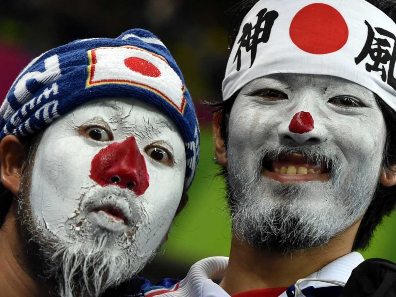FIFA World Cup: Japanese Fans Clean Stadium After Loss to Ivory Coast