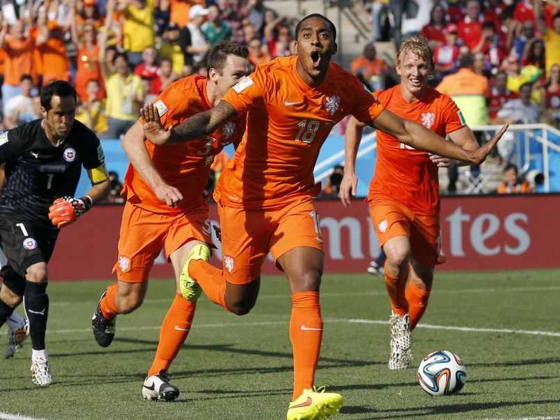FIFA World Cup: Leroy Fer, Memphis Depay Score as Netherlands Beat Chile to Top Group B