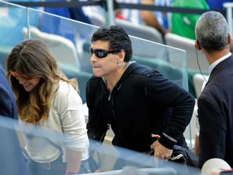 Diego Maradona Shows the 'Finger' to Argentine Soccer Boss, Says I Am No Bad Omen