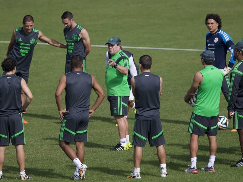 Mexican team in practice during FIFA World Cup