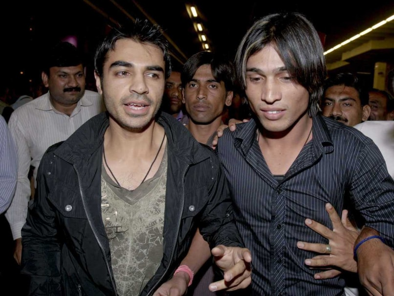 Pakistan Hope Rule Change Aids Mohammad Amir