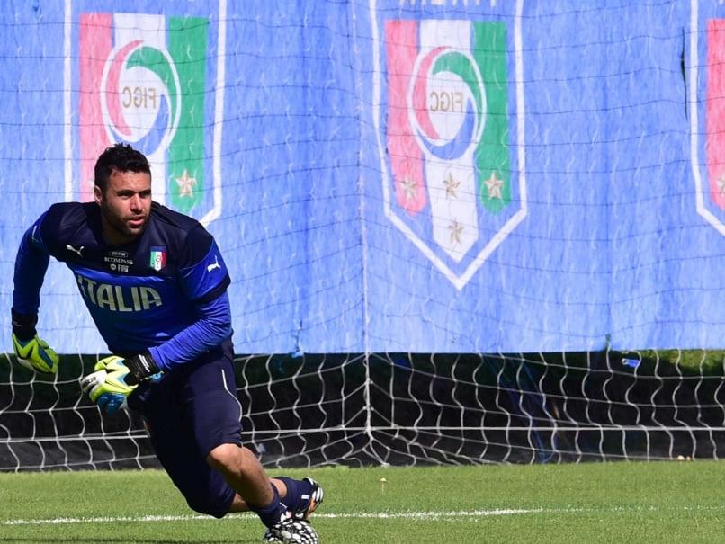 FIFA World Cup: Salvatore Sirigu Happy to Step Aside for Italian Great Gianluigi Buffon