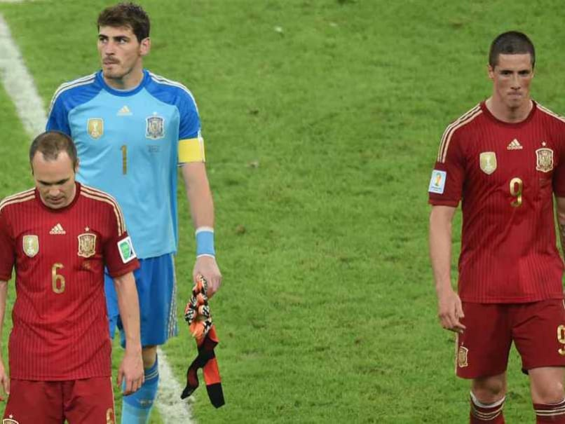 Defending Champions Spain Crash Out of FIFA World Cup 2014 After Chile Loss