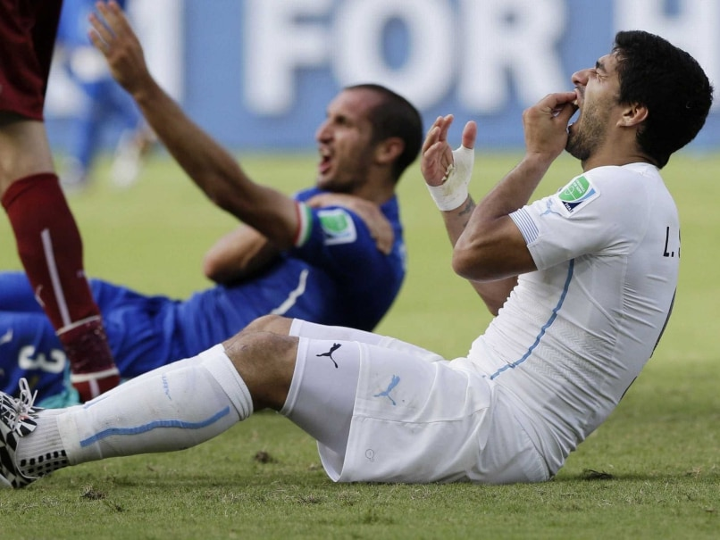 Twitter Sinks Teeth into Suarez After World Cup 'Bite'
