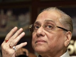Anti-Corruption Unit Chief Meets BCCI President Jagmohan Dalmiya