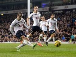 Roberto Soldado Ends Goal Drought as Tottenham Beat Everton