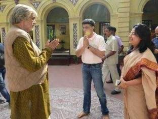 Sourav, Dona Ganguly Visit Amitabh Bachchan on Sets of 'Piku'