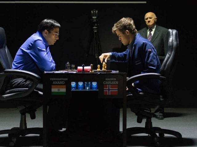 Viswanathan Anand Lets Magnus Carlsen Off the Hook, Settles for Draw in Shamkir Chess Opener