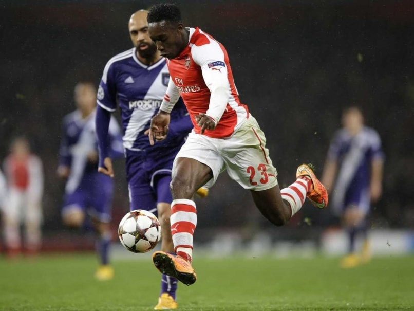 Arsenal F.C. Manager Expects Welbeck to Prove Manchester United F.C.s Van Gaal Wrong