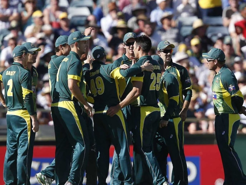 Australia Draw First Blood, Beat South Africa by 32 Runs