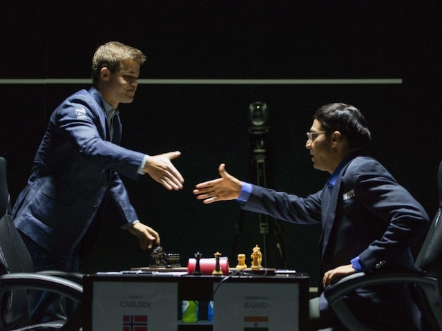 Viswanathan Anand Draws Game 5 vs Magnus Carlsen in World Chess Championship
