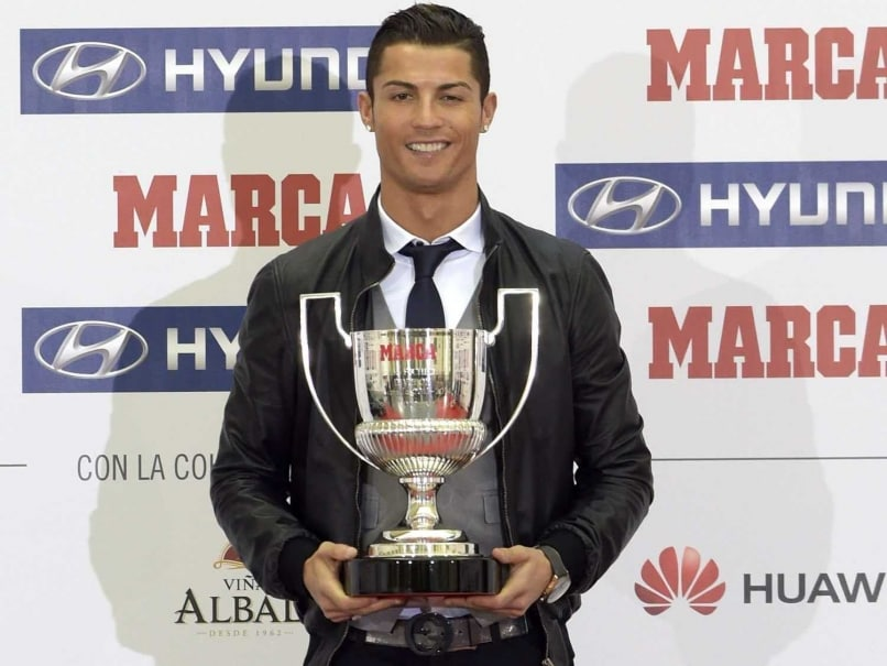 Cristiano Ronaldo Remembers Real Madrid Great Di Stefano at Award Ceremony