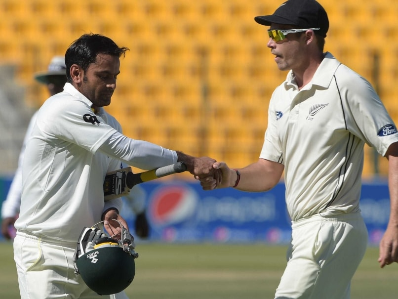 Injured Mohammad Hafeez Flies Back Home from UAE
