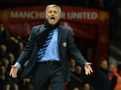 Manchester United Hold Day Two of Talks With Jose Mourinho Agents