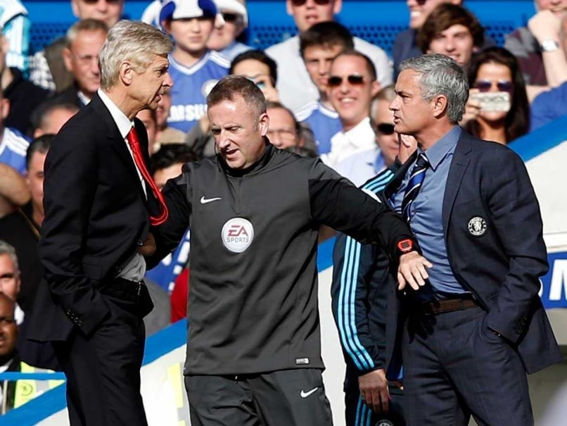 EPL: Arsene Wenger, Jose Mourinho Play Down Pushing Incident
