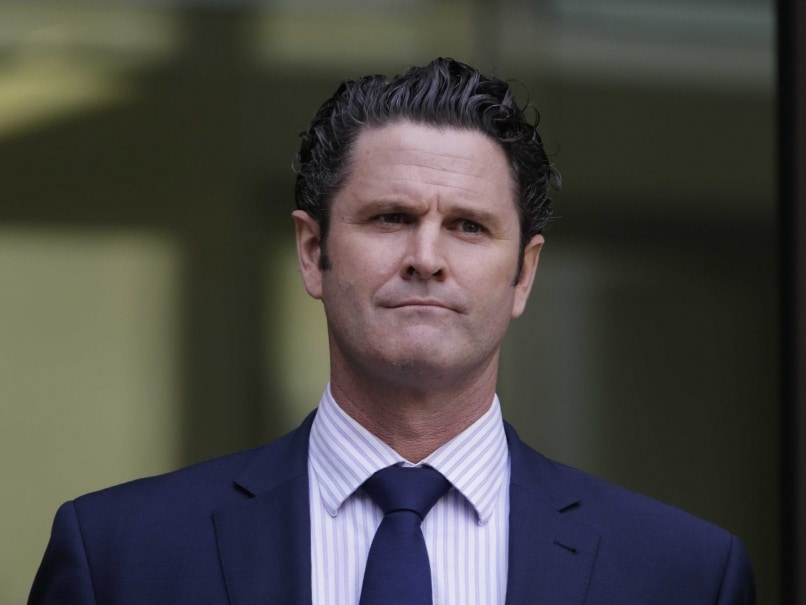 Chris Cairns Gets Bail on Perjury Charge