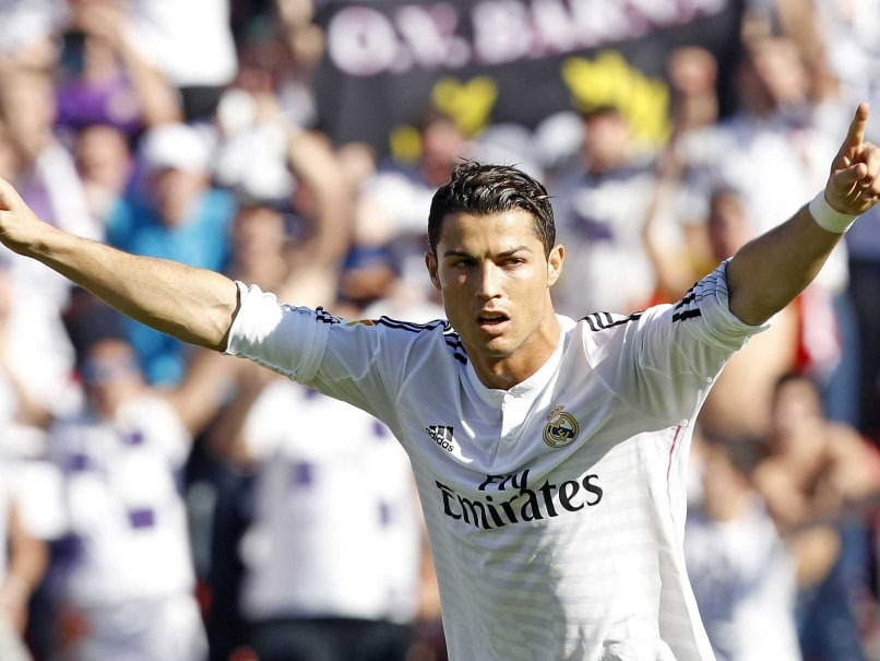 Cristiano Ronaldo Brace Powers Real Madrid to 5-0 Win Over Levante
