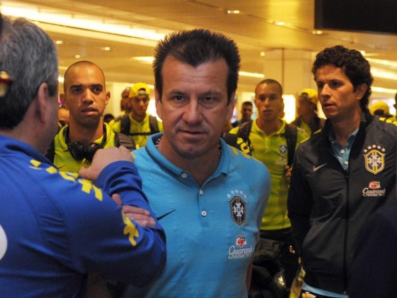 Brazil Coach Dunga Denies Cocaine Slur Against Argentina