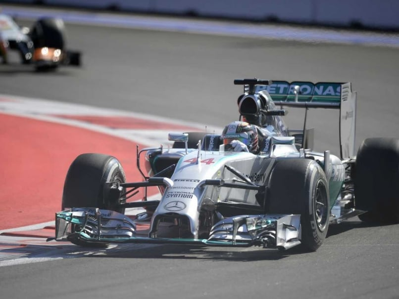 Russian Grand Prix: Lewis Hamilton Fastest in Second Practice
