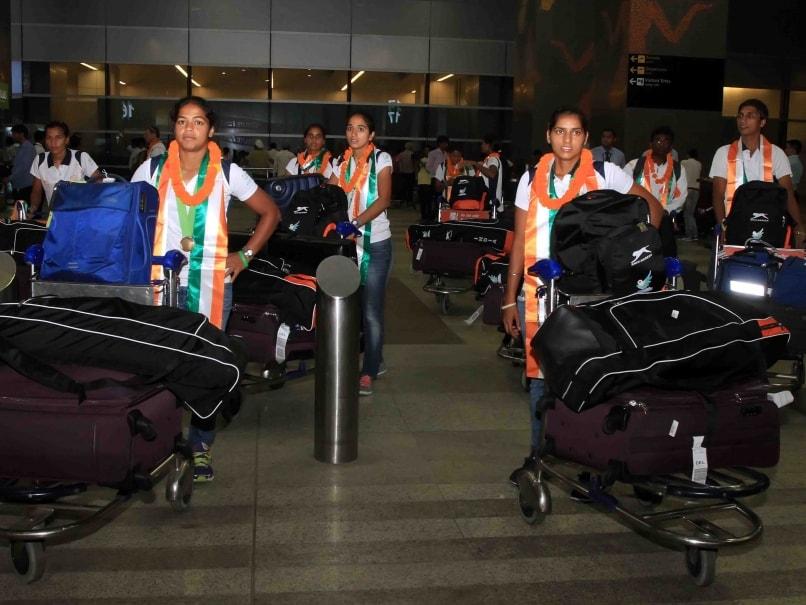 Bronze-Winning Indian Women's Hockey Team Returns Home to Rousing Welcome
